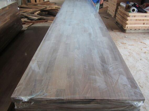 E0 Standard American Walnut Wood Worktops pictures & photos