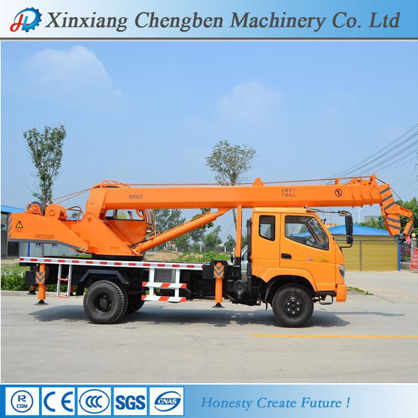 2017 Best Selling Used Knuckle Boom Mobile Truck Crane with 12 Months Warranty pictures & photos
