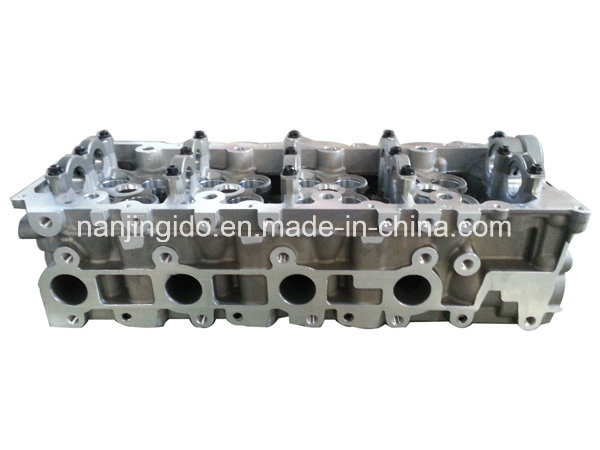 Auto Engine Parts for Toyota Hilux Cylinder Head 11101-30040 pictures & photos