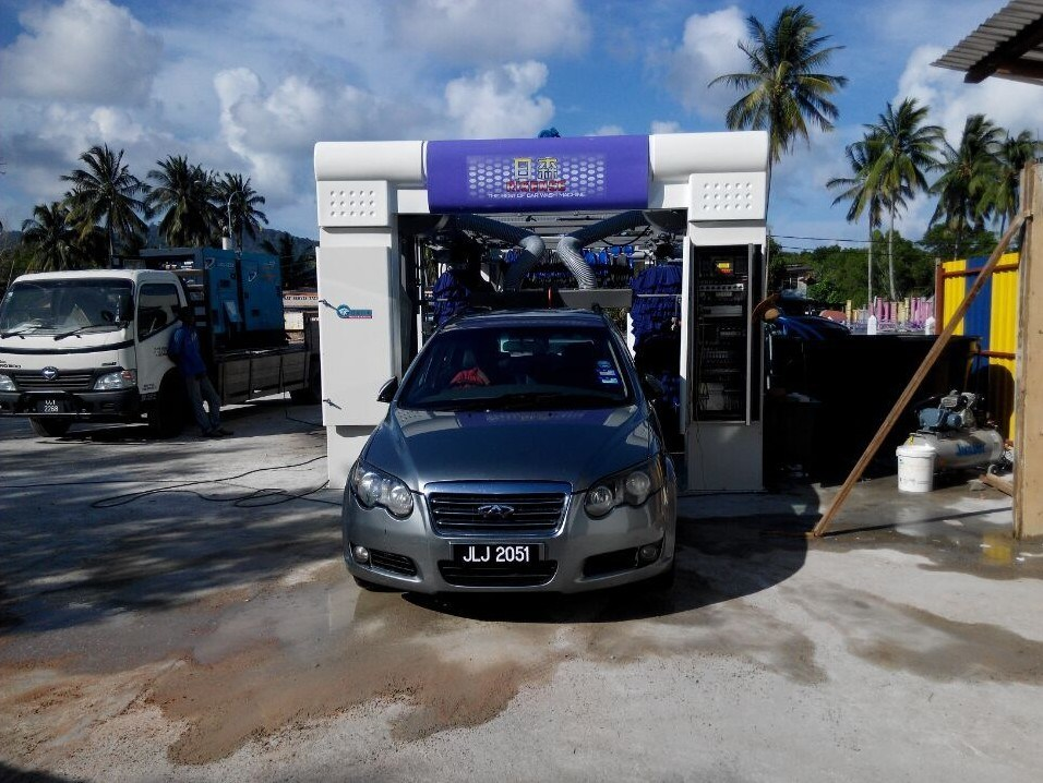 Cc-690 Nine Brush Automatic Car Wash Machine pictures & photos