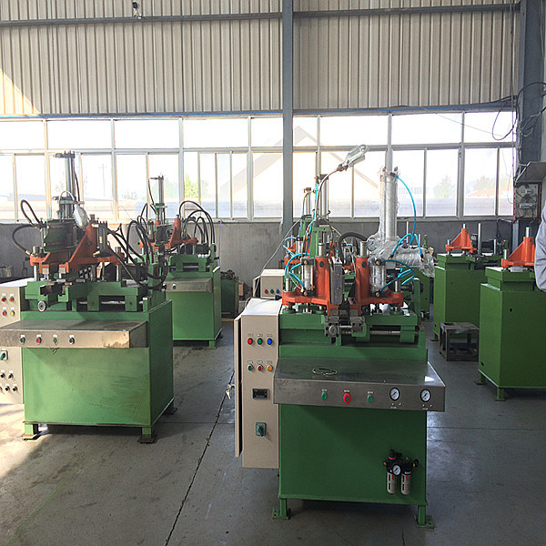 Motorcycle / Bicycle Tyre Making Machine / Inner Tube Making Machinery pictures & photos