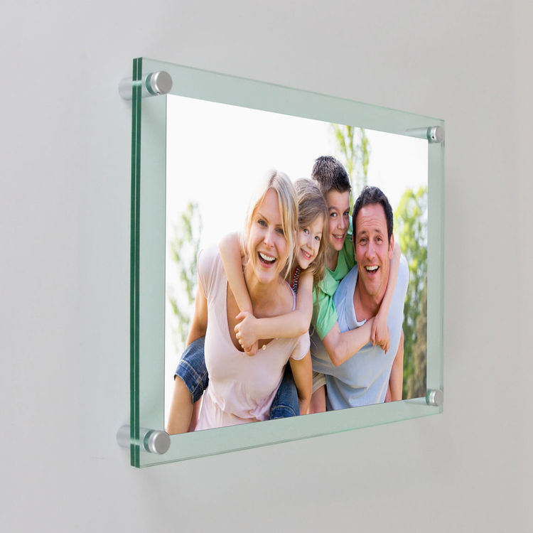 Hot Item Style Colorful 6x9 Acrylic Wall Mounted Picture Frame