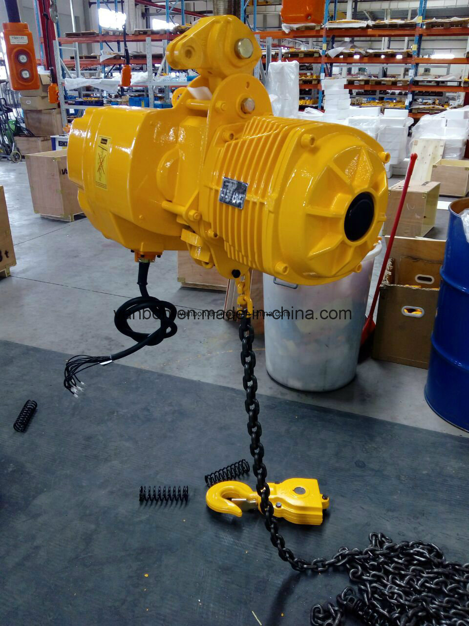 1.5t Electric Winch with Hook, Electric Winch Hoist pictures & photos