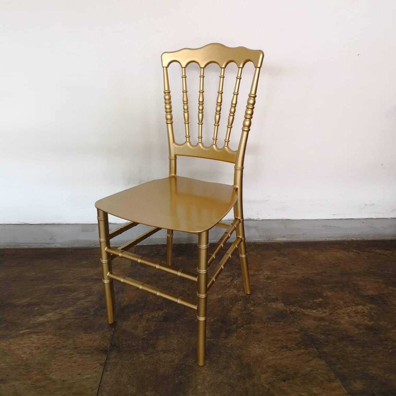 Hot Item Stackable Gold Monoblock Pp Resin Chiavari Napoleon Chairs