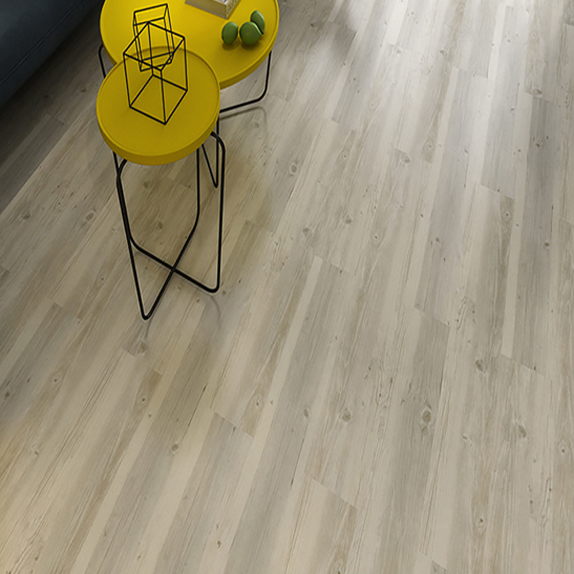 Real Wood Texture Hdf Glossy Laminate Flooring Yellow Color