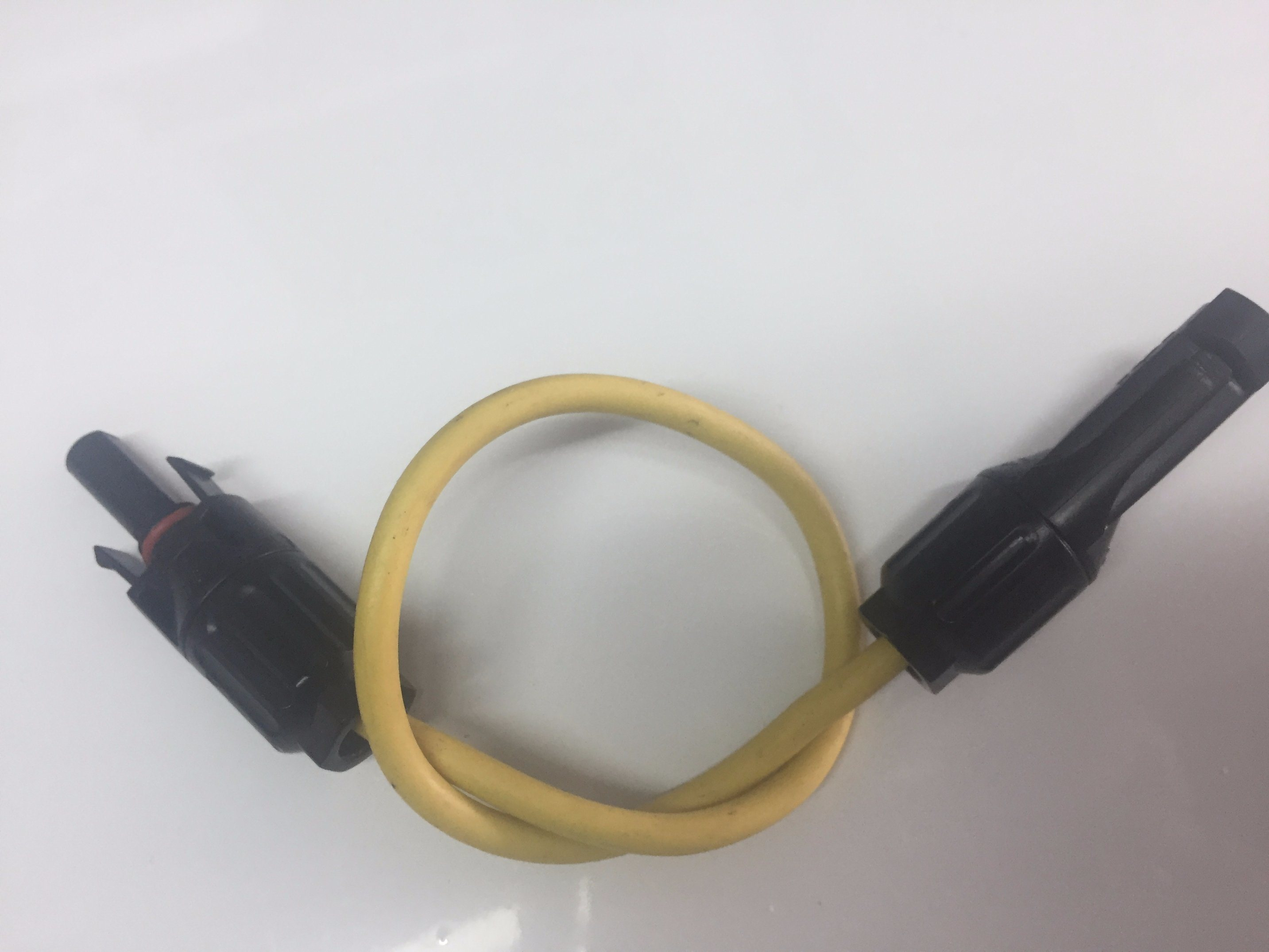 Mc4 Connector with 2.5/4/6mm Wire Harness Customization