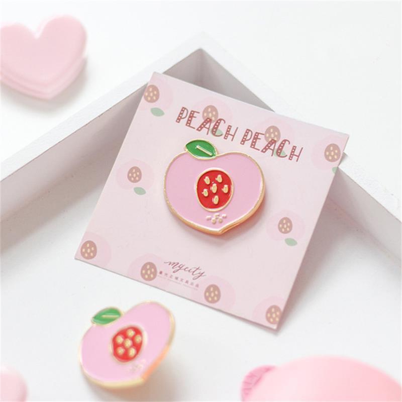 Keepsake gift handmade card metal enamel pin badge card Personalised gift Keepsake card badge friendship gift enamel pin cute
