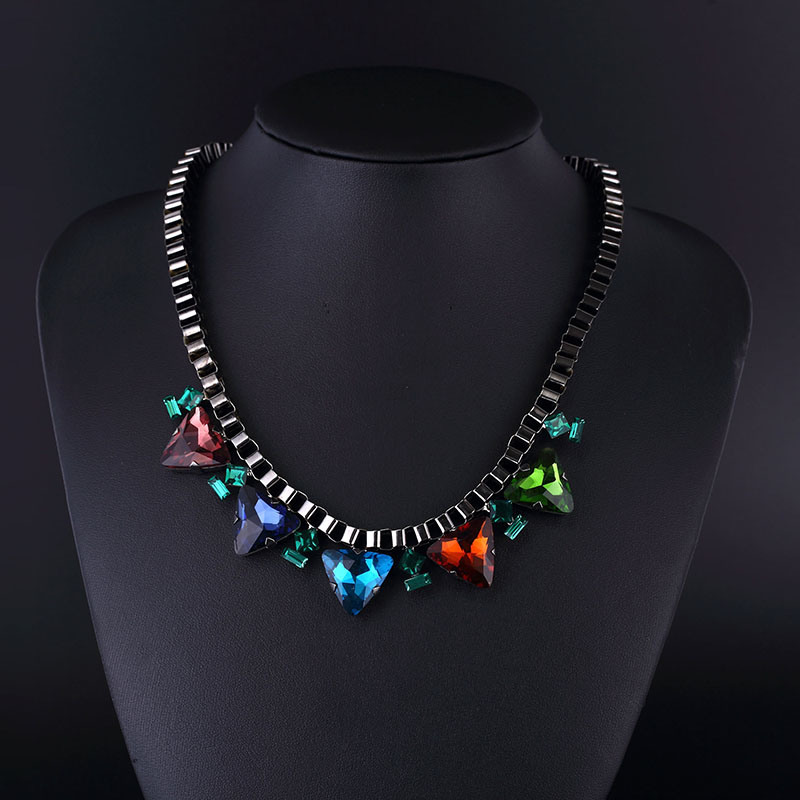 Colorful Crystal Classical Style Gun Plating Necklace