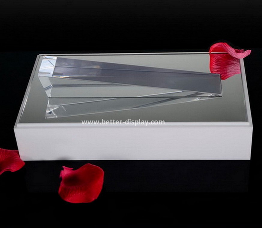 Clear Acrylic Jewelry Display Box with White Base (BTR-A2083)