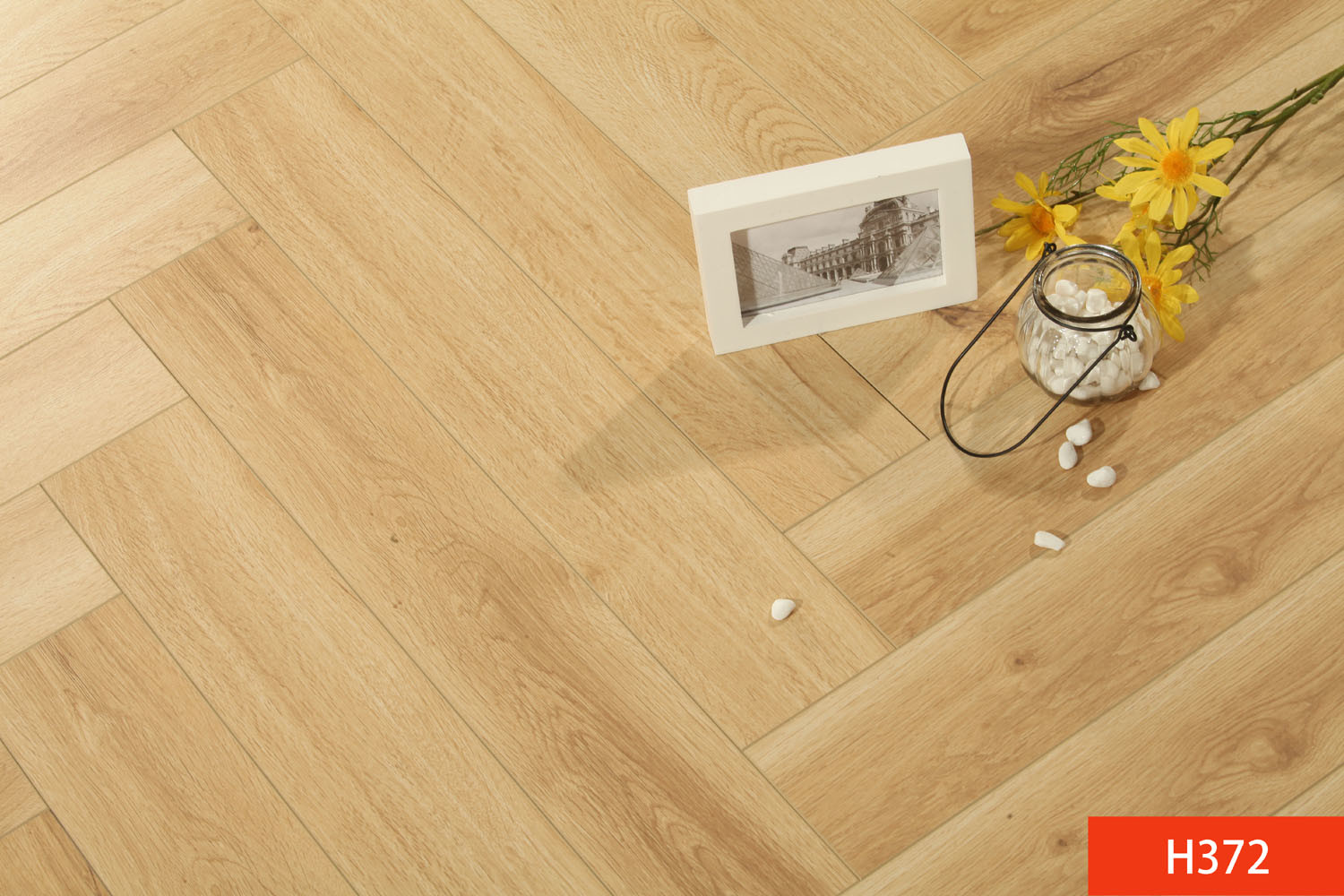 HDF Harringbone Laminated Flooring Laminated Flooring pictures & photos