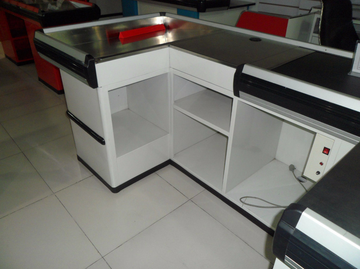 China Checkout Counter Retail Cash Table For Cashier