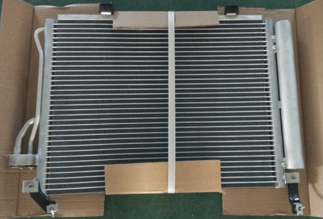 Car Air Conditioning Condenser for Hyundai (97606-OX000)