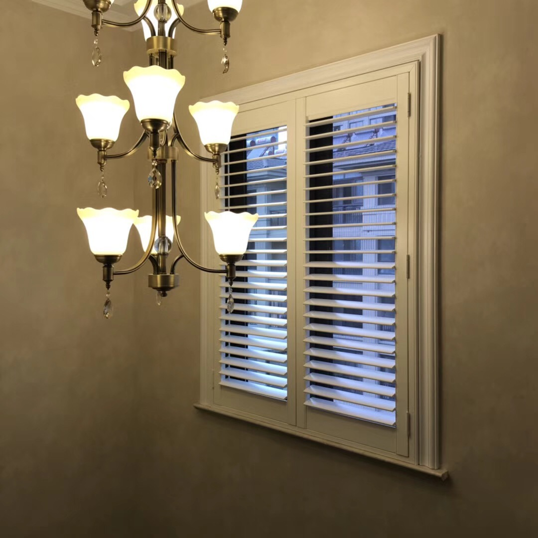 Hot Item Australia Standard Basswood And Pvc Plantation Shutters With Good Price