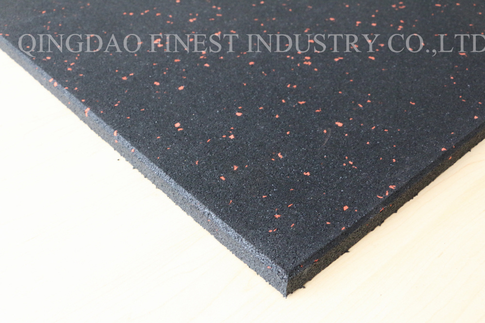 China Wholesale Waterproof Recycled Rubber Gym Flooring Tile Mat For