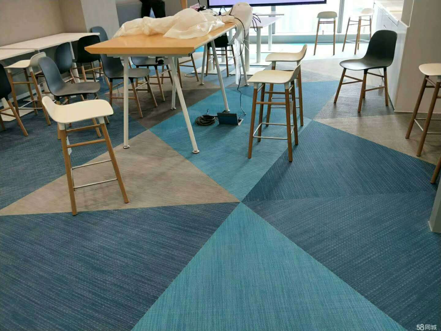 China Hot Sale Decoration Materials PVC Vinyl Triangle Flooring ...