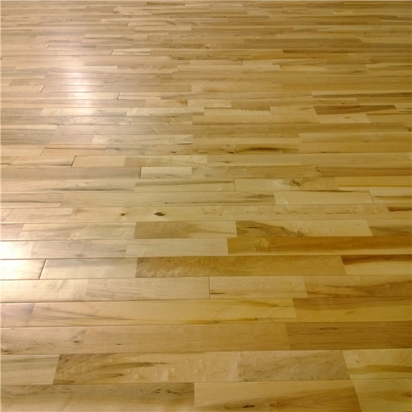 China Prefinished Solid Maple Sport Wooden Parquet Flooring China