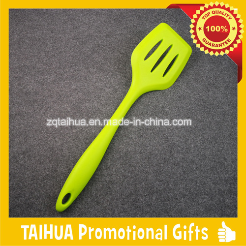 Target Audited Silicone Kitchen Utensils Tools pictures & photos