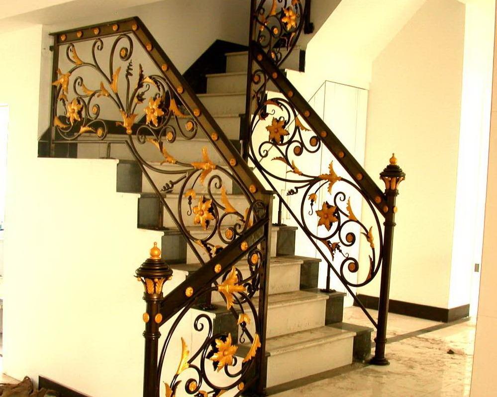 China Wrought Iron Stair Railing Design - China Wrought Iron Stair ...
