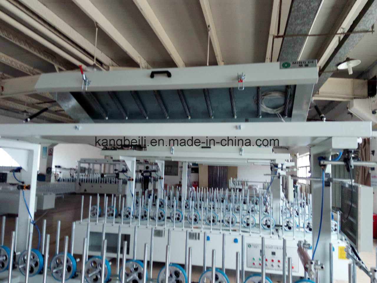 WPC Profile Furniture Decorative TUV Certificated Woodworking Wrapping Machine pictures & photos