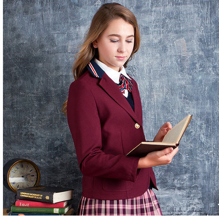 2014 School Uniform for Girls in New Style