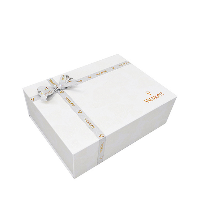 Hot Item Custom Magnetic Paper Gift Boxes Packaging Wholesale Blf Gb446