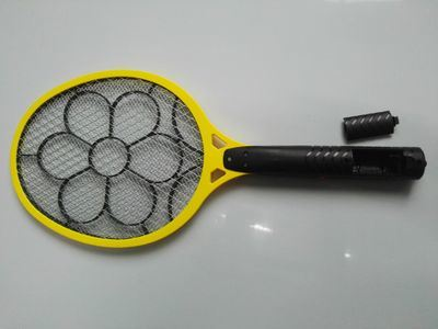 Rechargeable Bug Zapper Racket Electric Fly Swatter and Mosquito Killer USB Charging pictures & photos