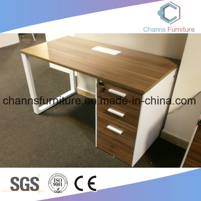 China Stylish Wooden Metal Frame Furniture Office Desk Computer Table Task Staff
