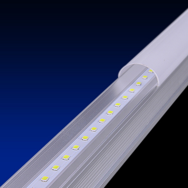 Higher Luminous Efficaly and Energy Saving LED Tube Light T5 for Greenhouse pictures & photos