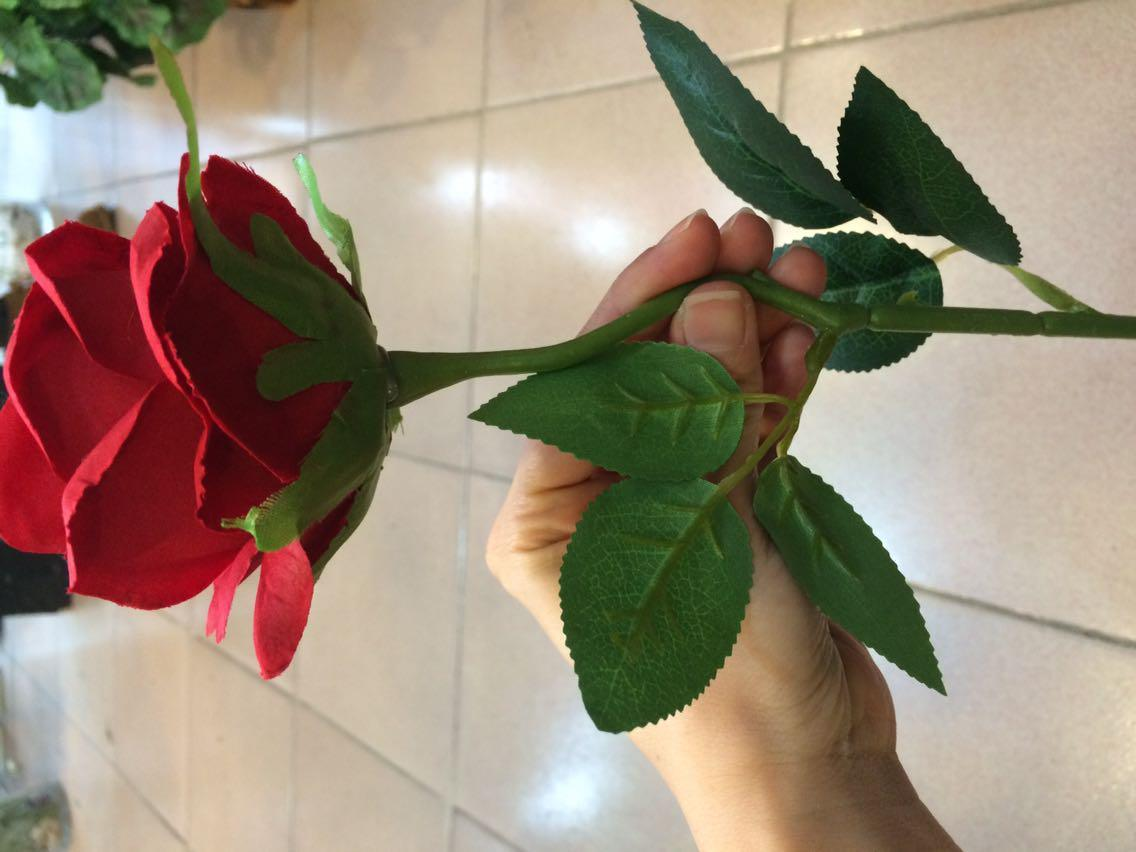 China Guangzhou Factory Wholesale Decorative Artificial Silk Flower
