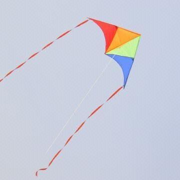 Delta kite with 2 tails