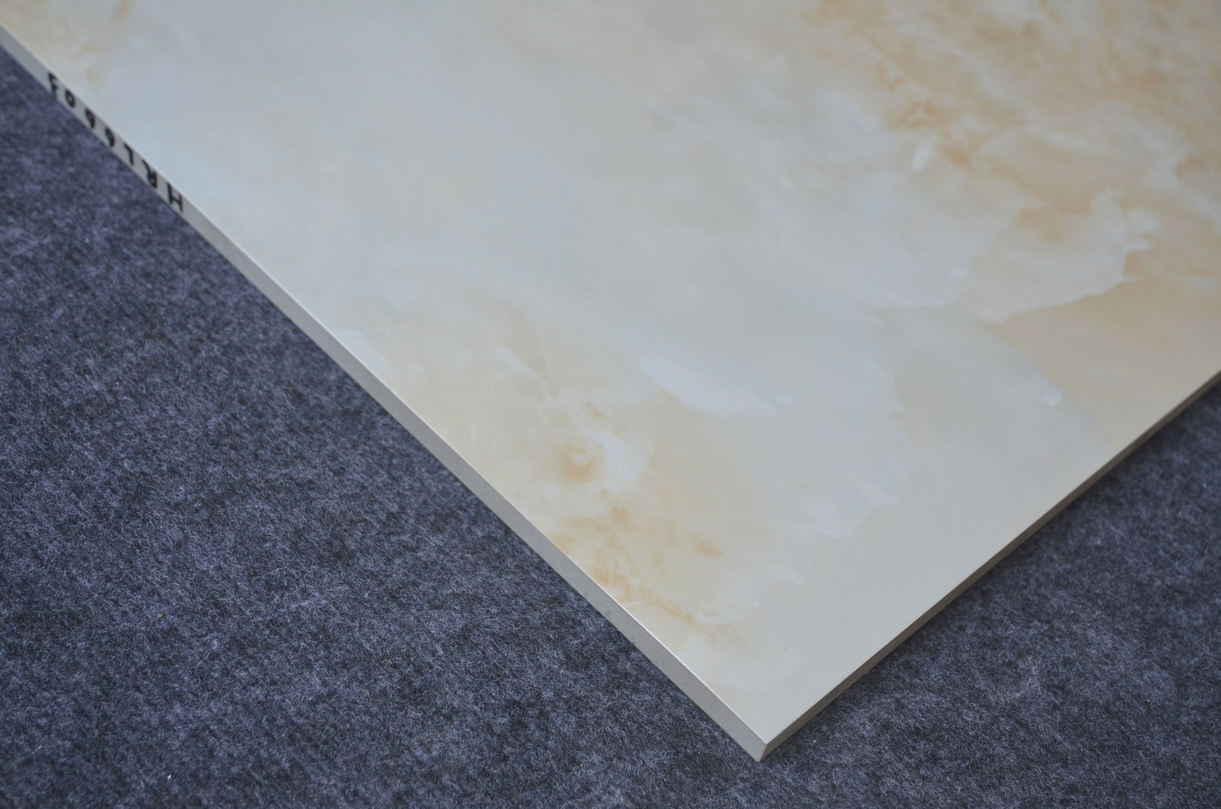China High Quality Manufacture Glazed Porcelain Famous Floor Tiles