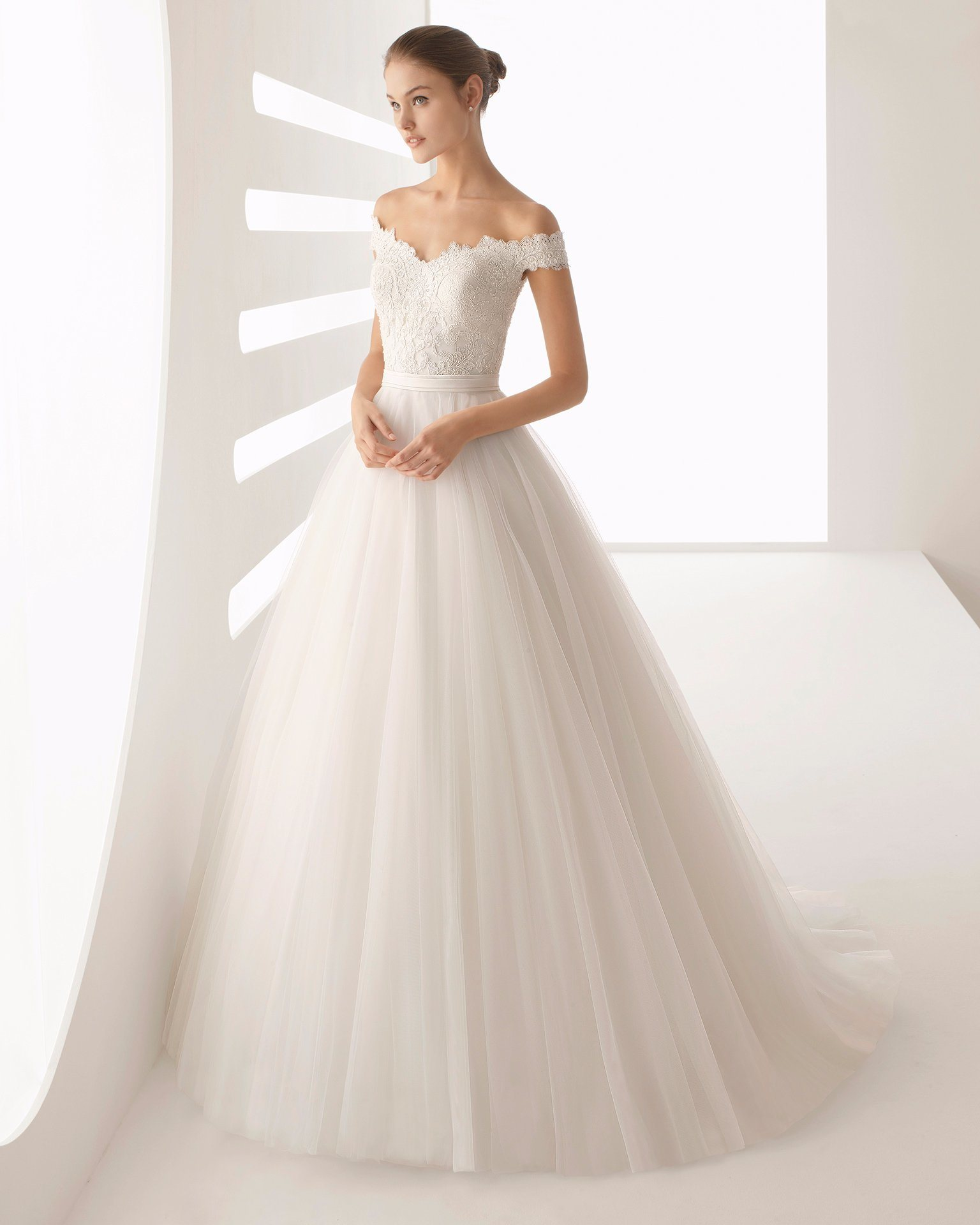 Wedding Gown Preservation Process Machines: China Newest Beaded Lace Top Tulle Skirt Off Shoulder