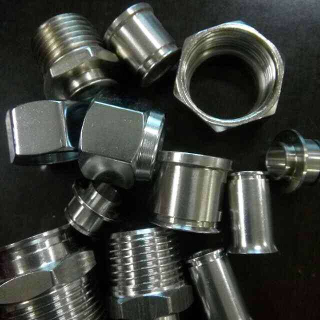 1/2 3/4 Carbon Steel Nickel Gas Hose Fitting for Russian Market pictures & photos