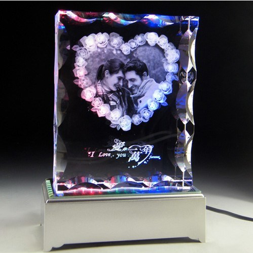 Crystal Engraved with Wedding Photos for Wedding Gifts
