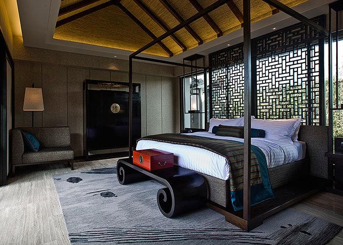Custom Oak Solid Wood Canopy Bed Furniture For 5 Star Grand Hyatt Resort  Hotel
