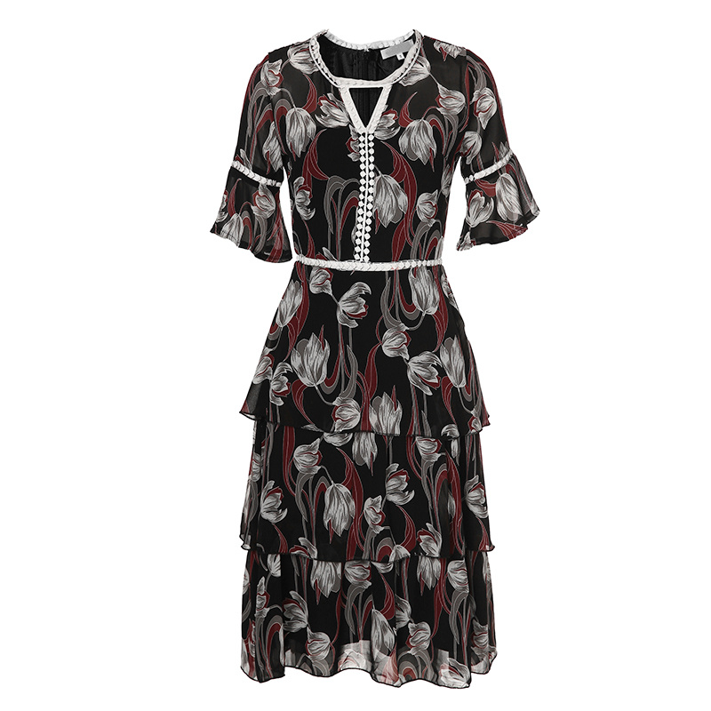 Floral Hollow Lace Tiere Women Dress with Front Triangle Hole pictures & photos