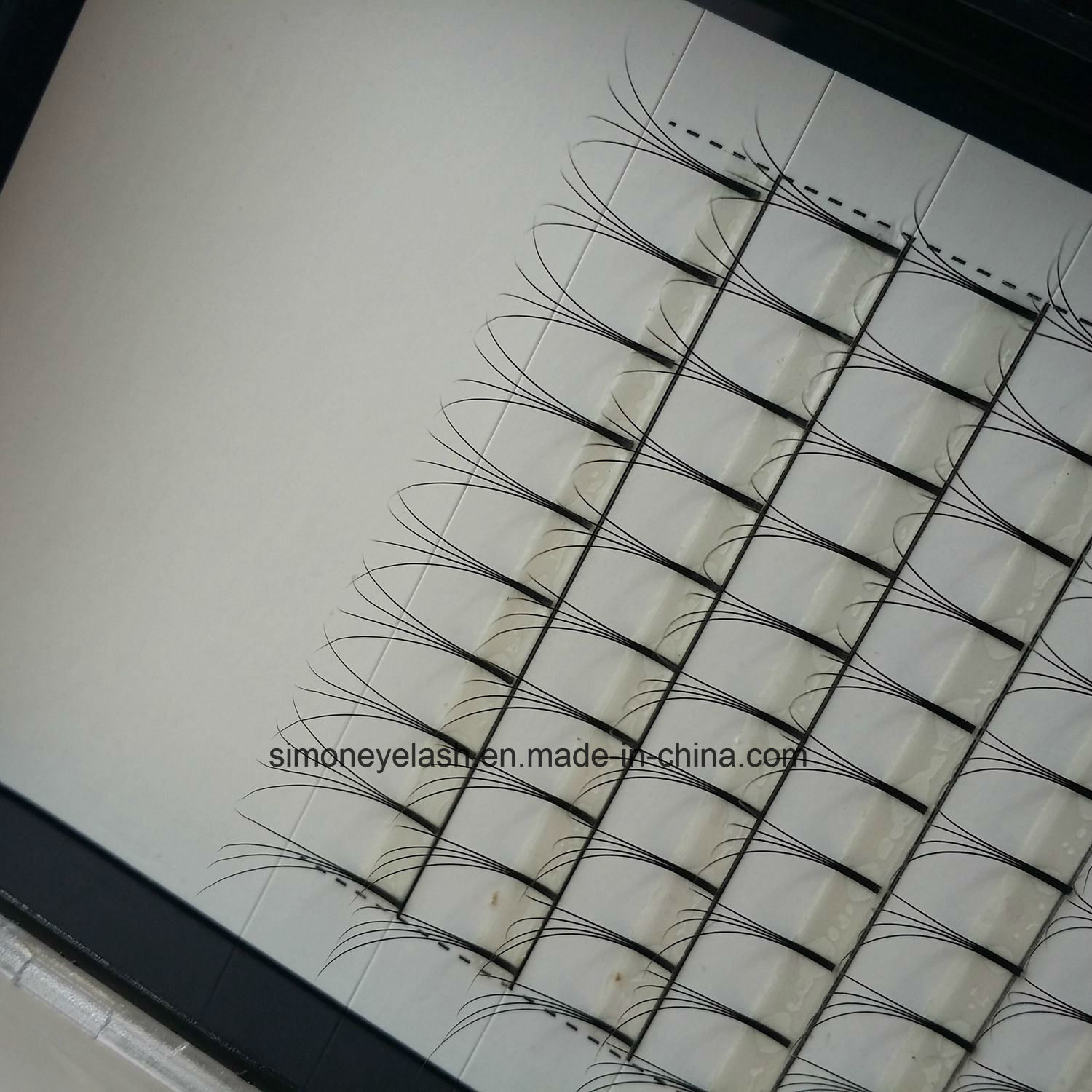False Eyelashes Faux Mink Volume Eyelash for Makeup Artist pictures & photos