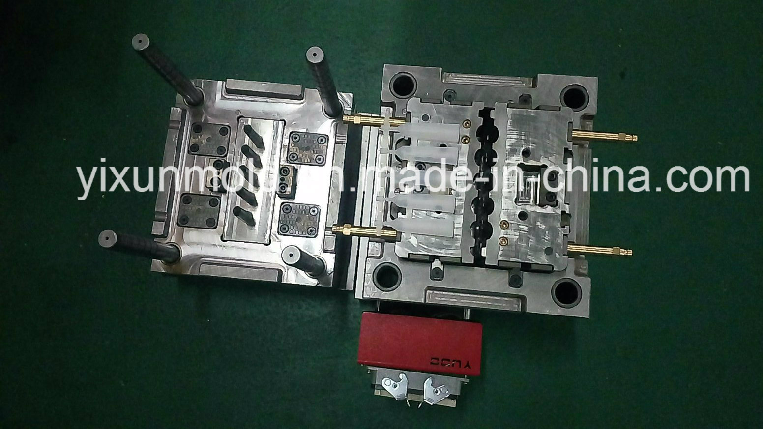 Plastic Parts Moulding and Mold