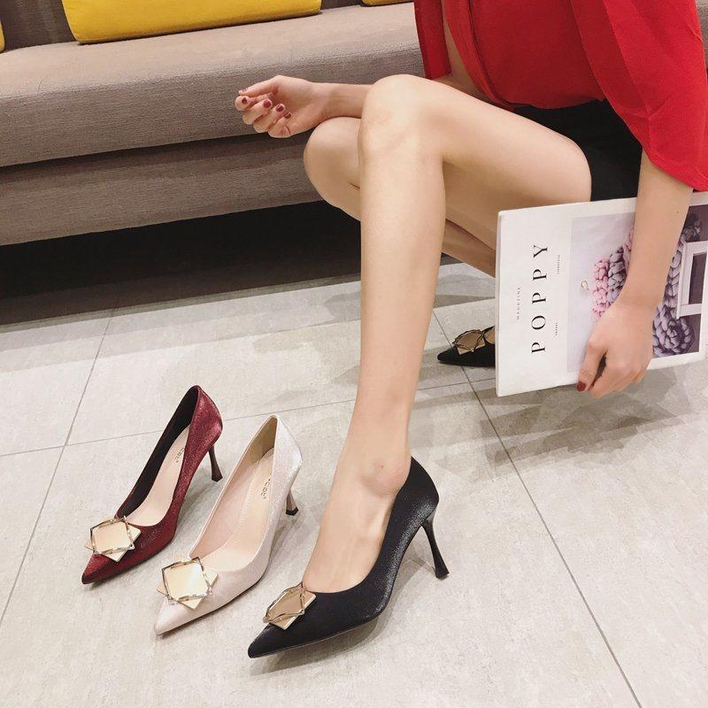 China New Design Pointed Toe Ladies