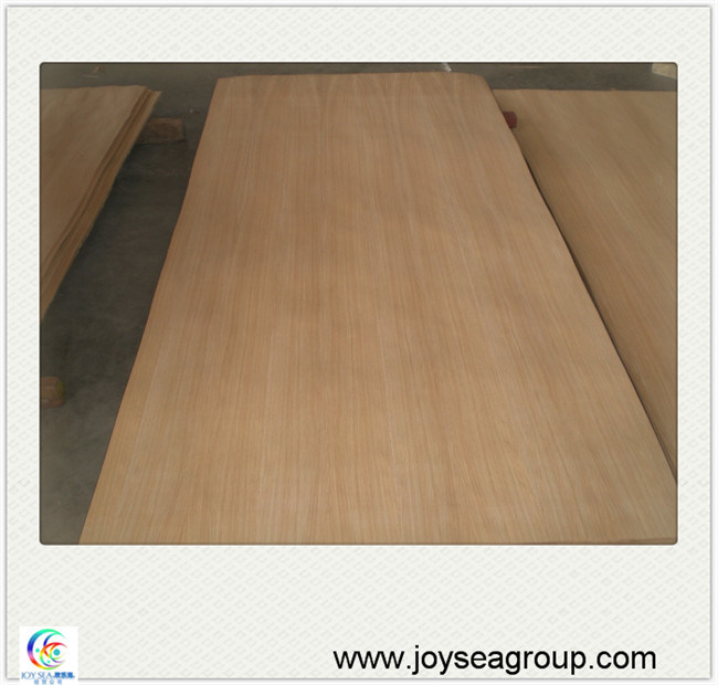 High Quantity Engineering White Oak Veneer Pywood Board pictures & photos