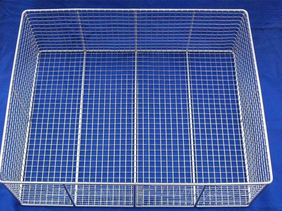 China Stainless Steel 304 Hospital Disinfection Wire Mesh Basket ...
