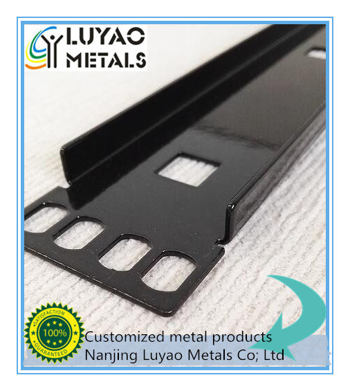 Metal Stamping / Sheet Metal Stamping with Steel/Aluminum pictures & photos