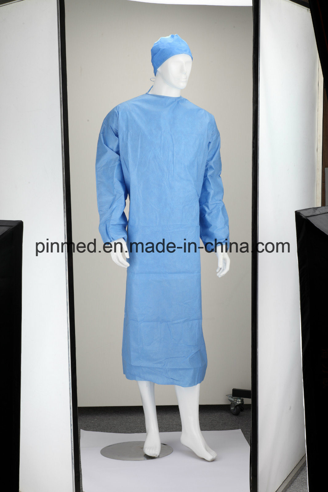 China Disposable Reinforced SMS Surgical Gown - China Surgical Gown, SMS