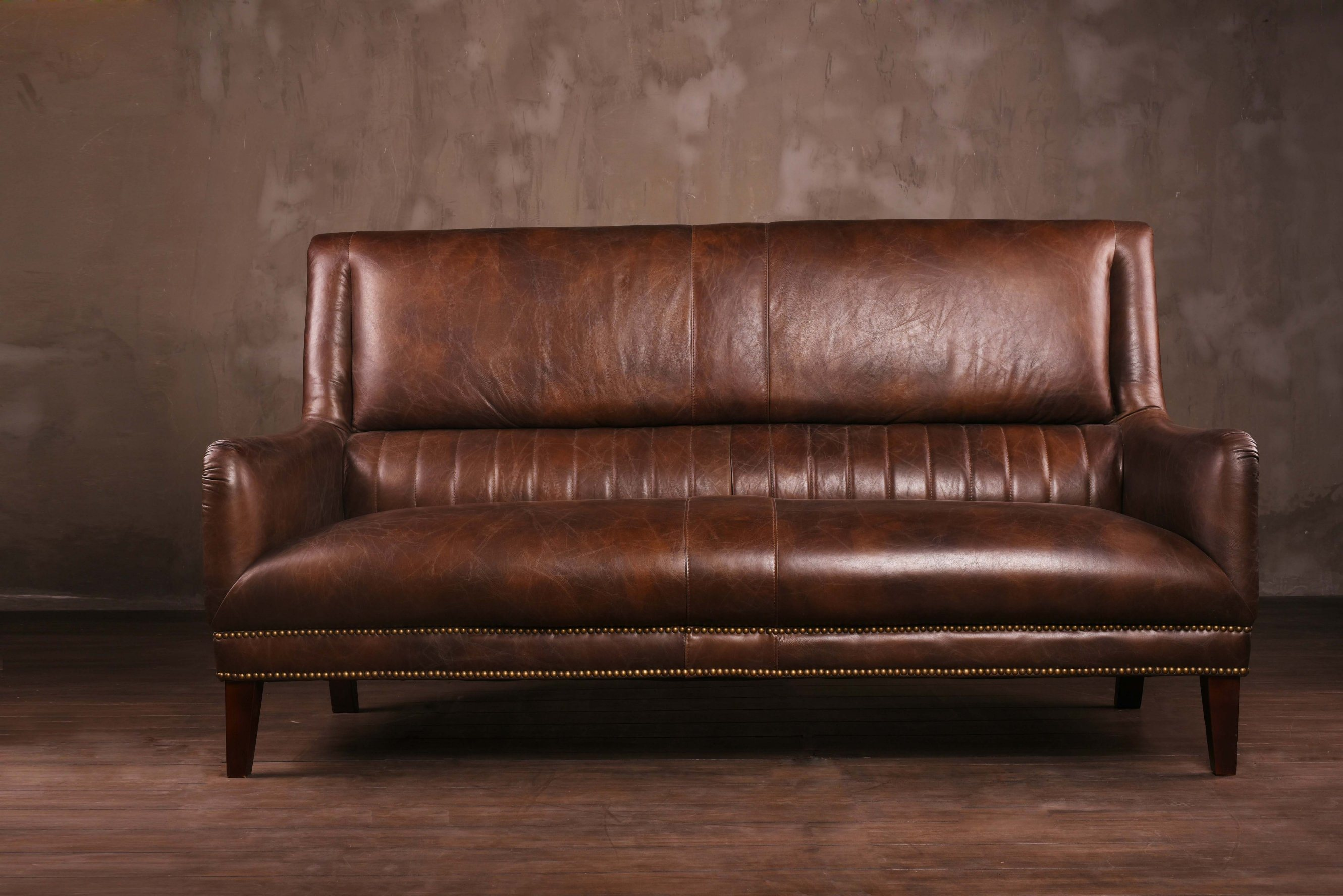China Vintage Leather Sofa With High