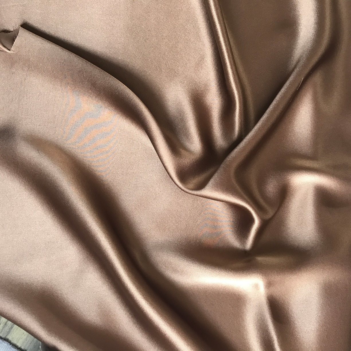 China New 19mm Silk Satin Fabric Silk Charmeuse Fabric Silk Fabric Silk Stretch Satin Fabric Silk Stretch Charmeuse Fabric China Silk Satin Fabrics And Silk Charmuse Price