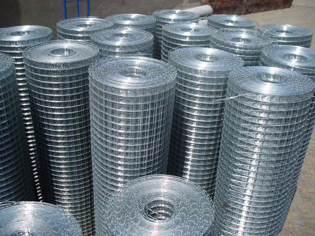 China Anping Factory Hot Dipped Galvanized Welded Wire Mesh ...