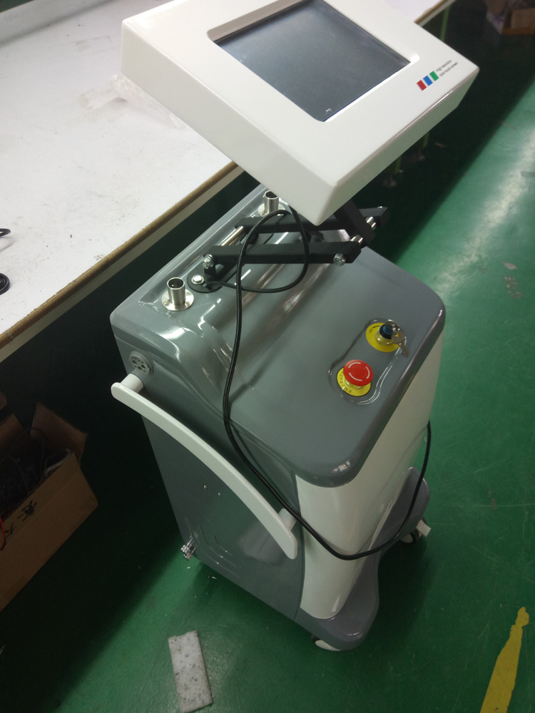 Heta 8 Inch Toou Screen 6 650nm Laser Slim Pads 5 RF Cavitation Equipment H-3006b pictures & photos