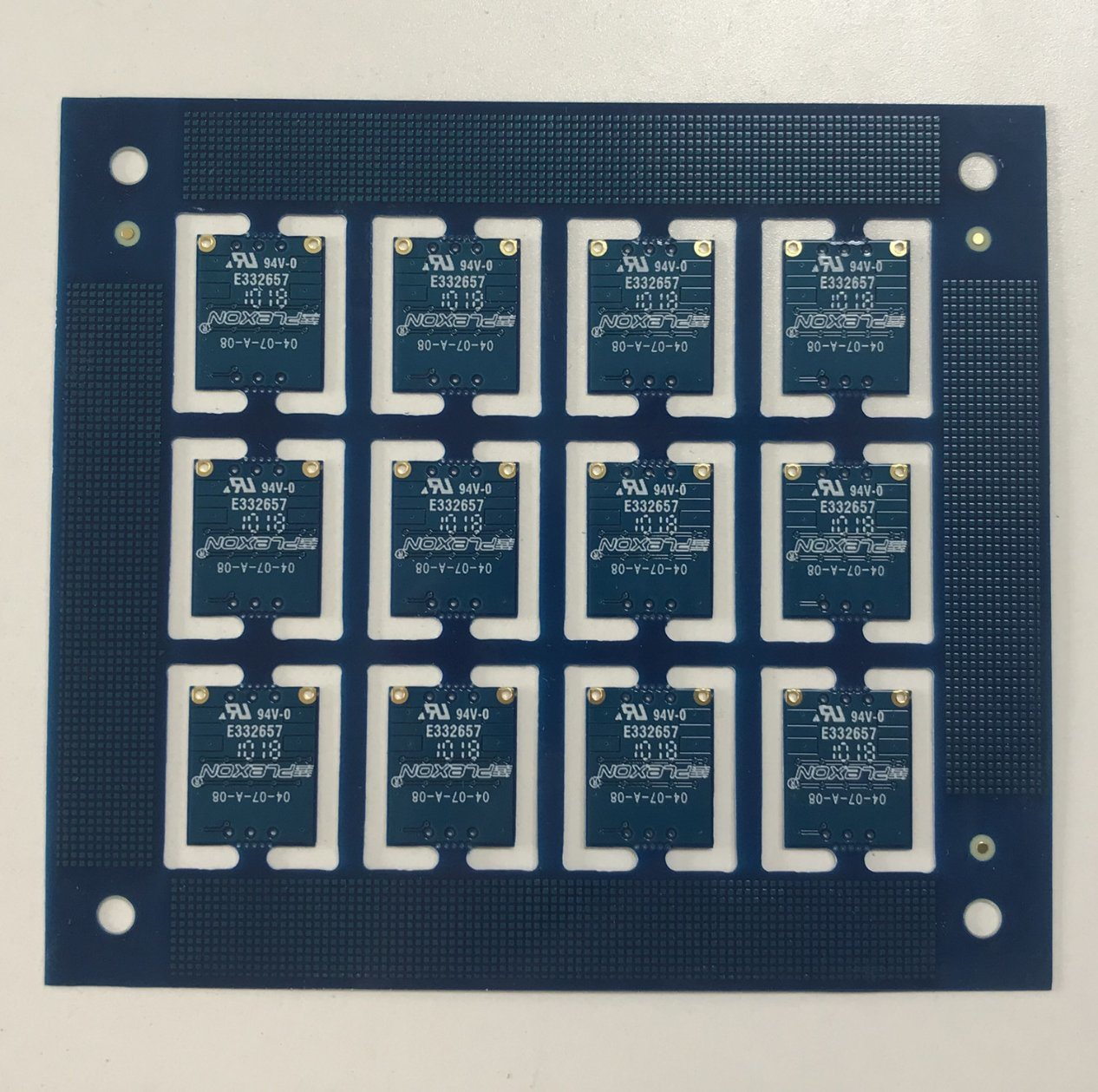 China Taconic Tsm Ds3 0254mm 10 Mil Immersion Gold Pcb Circuit In Boards Board