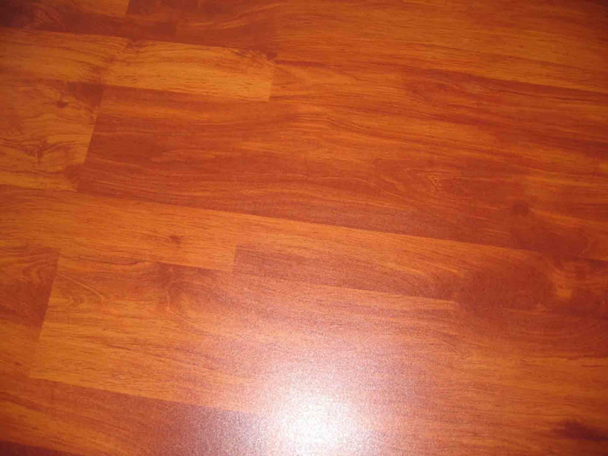 China Cherry 6028 Laminate Flooring China Laminate