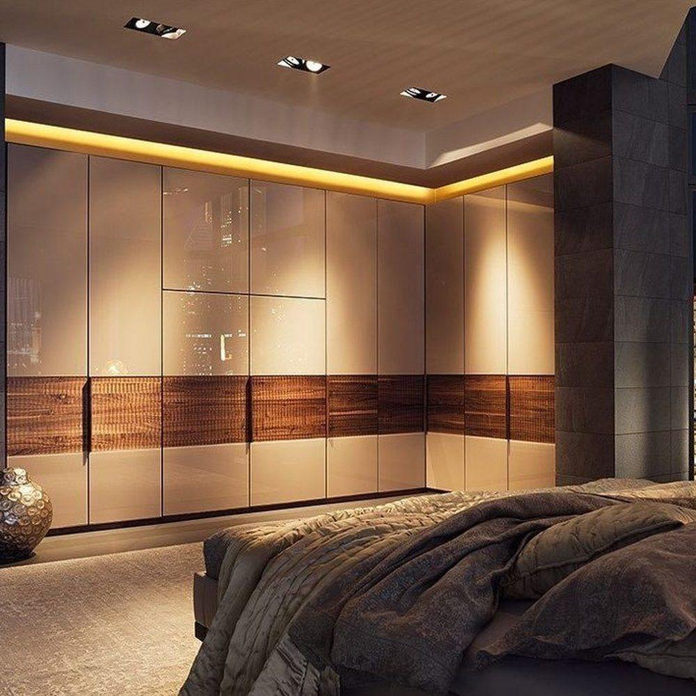 China Modern Design Italian Style Bedroom Furniture Solid Wood